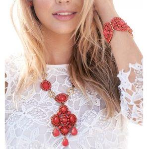 Stella & Dot - Sardinia Necklace